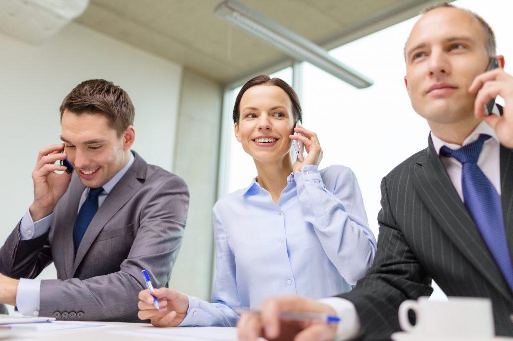 電話会議とWEB会議の違いと比較