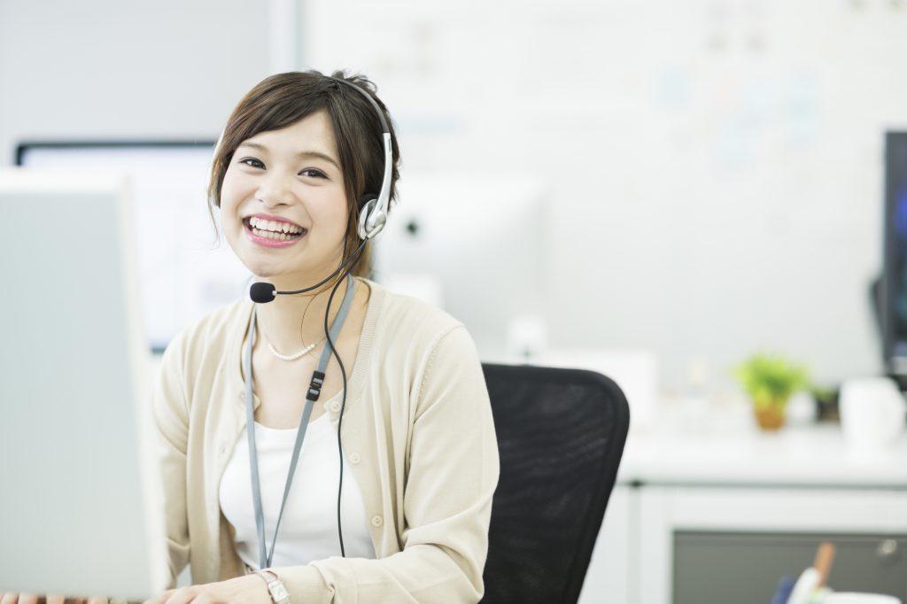 Skypeでの使用に最適なヘッドセットの選び方。両耳と片耳どっちを選ぶ?